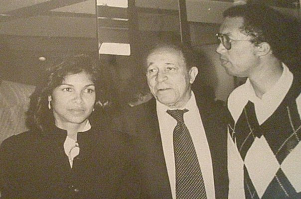 Bob Ryland with Jeanne Moutoussamy-Ashe and Arthur Ashe in 1986 at Midtown Tenni